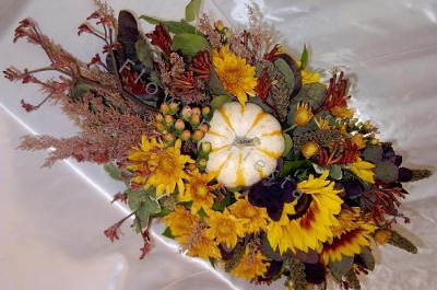 Colorful Autumn Centerpiece w Pumpkins Closeup